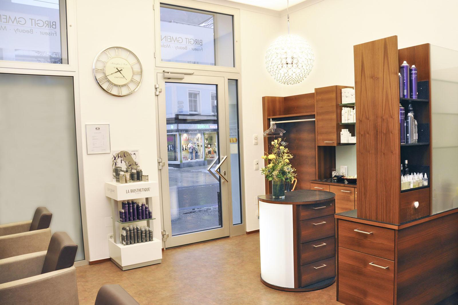 Friseur-Salon Birgit Gmeiner Eingangsbereich