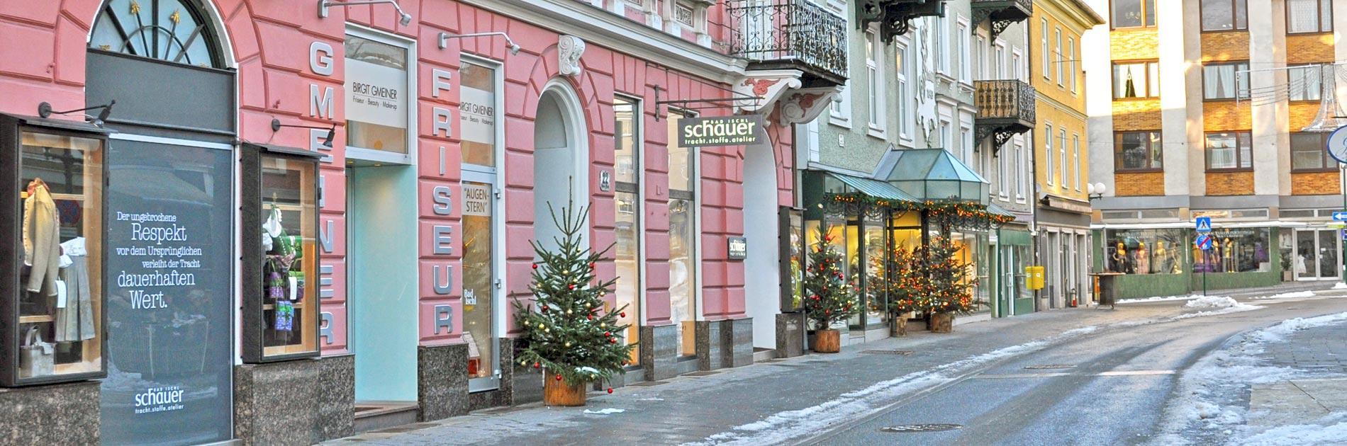 Eingang zum Friseur Birgit Gmeiner am Kreuzplatz 22